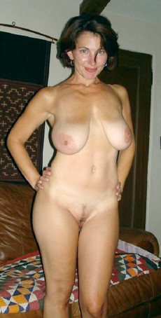 Big titted amateur wives fully naked at home