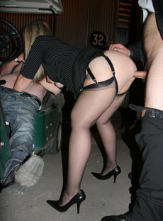 Dogging wife being fucked by various strangers..