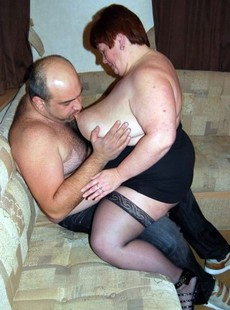 Chubby mature women fucks with their old..