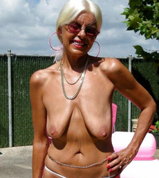 White haired amateur granny posing in sexy..