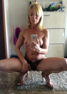Gorgeous, fifty-year-blond does sexy selfie..