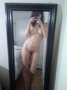 College girls exposing their nude self-shot pics