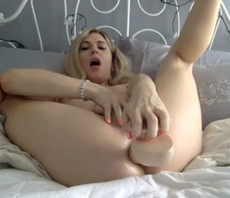 Cute blonde shemale fuck her asshole with dildo..