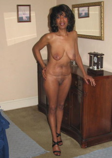 Nude matures and grannies in homemade pics